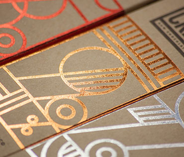 Kraft boxes with hot foil stamping