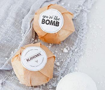 Kraft-wrapping-bath-bomb-labels